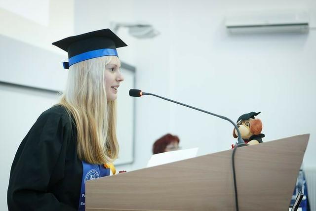 Assessoria em Trabalhos Acadêmicos - 2 0 1 9 - 20 Anos - Foto 3