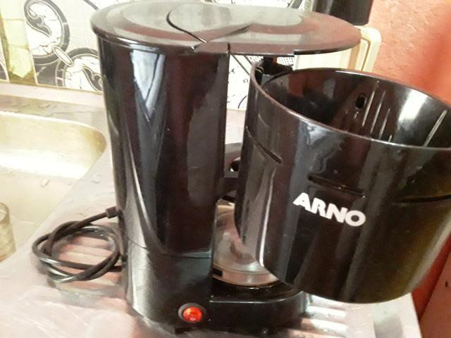 Vende se cafeteira Arno