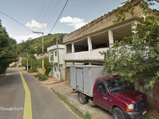 G) jb12409 - Casa com 2 pavimentos na cidade de Itaperuna em LEILÃO - Foto 2