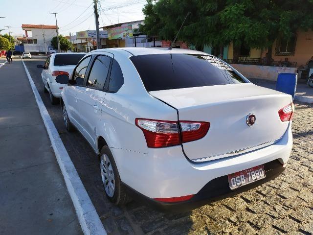 Gran Siena 1.4 Tetrafuel 2015 - Foto 7
