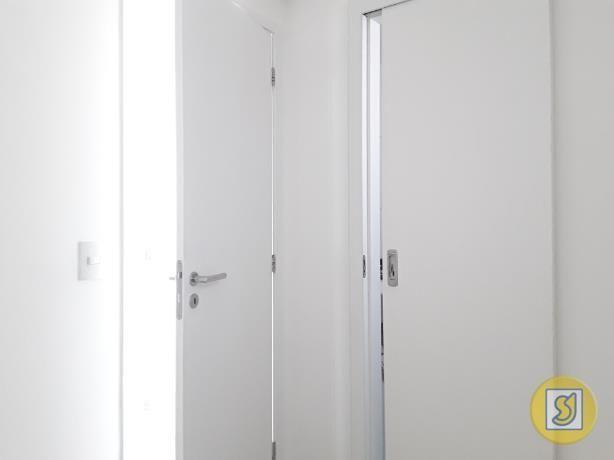 Apartamento para alugar com 3 dormitórios em Guararapes, Fortaleza cod:50503 - Foto 19