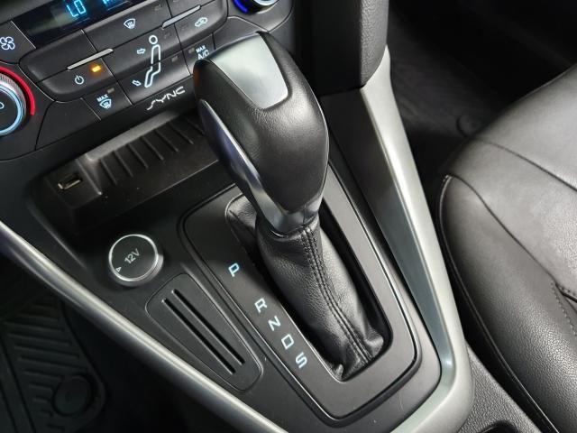 Ford Focus Fastback SE/SE PLUS 2.0 Flex Aut. - Cinza - 2017 - Foto 9