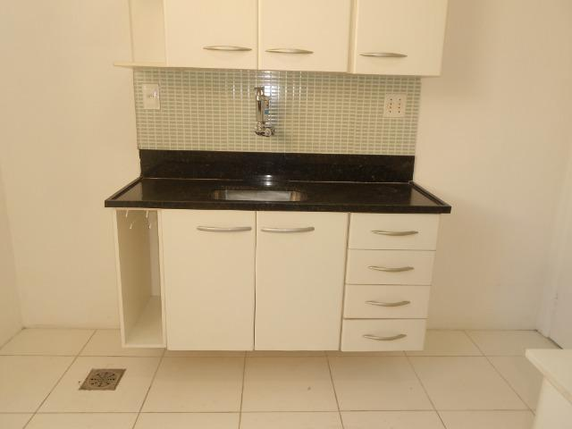 Apto 02 qts com armários na Rua Itaguaí, Largo do Marrão, Santa Rosa (próx. ao comércio) - Foto 7