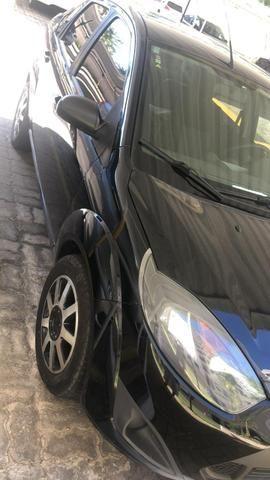 Fiesta sedan - Foto 2