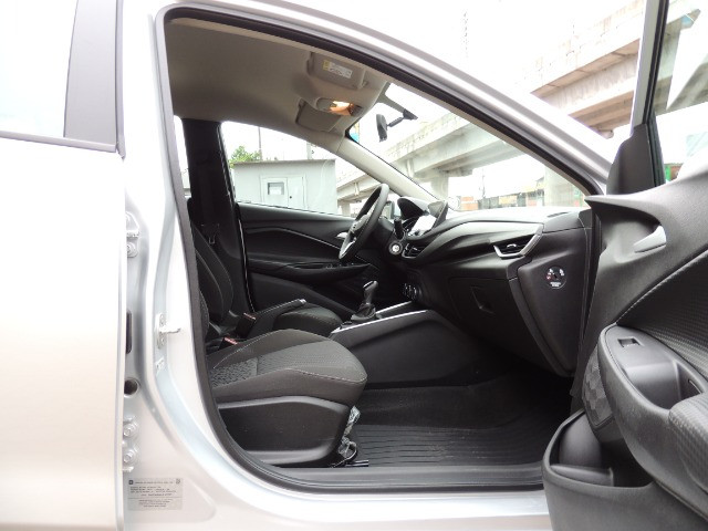 Onix Plus Sedan Turbo 8.800 Kilometros - Foto 10