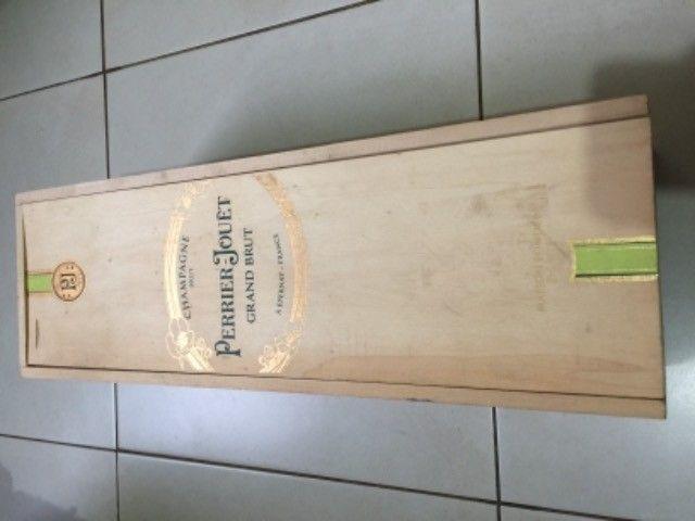 Caixa em madeira - Foto 2