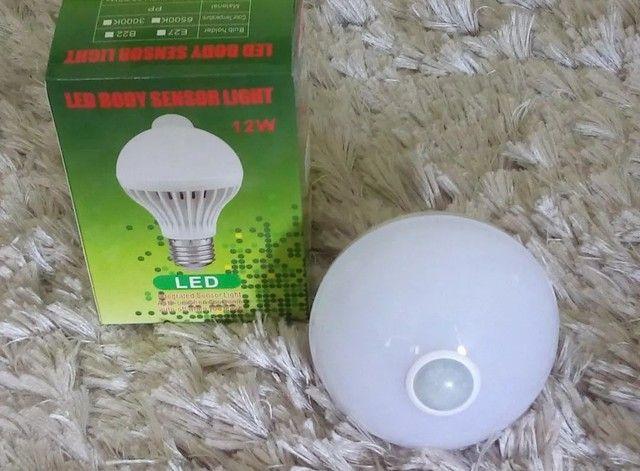 Lâmpada Led com Sensor de Movimento - Foto 4