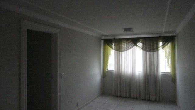 LOCAÇÃO | Apartamento, com 3 quartos em Jardim Novo Horizonte, Maringá - Foto 2