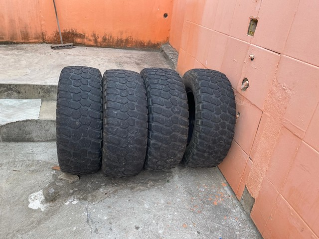 Jogo de pneus OFF ROAD  - Foto 2