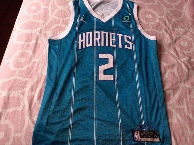 Camisa Charlotte hornets 20/21 Ball 2 - Foto 3