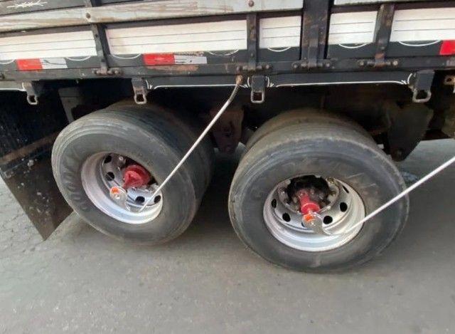 Vendo 17280 truck 6x2 ano 2015 - Foto 3