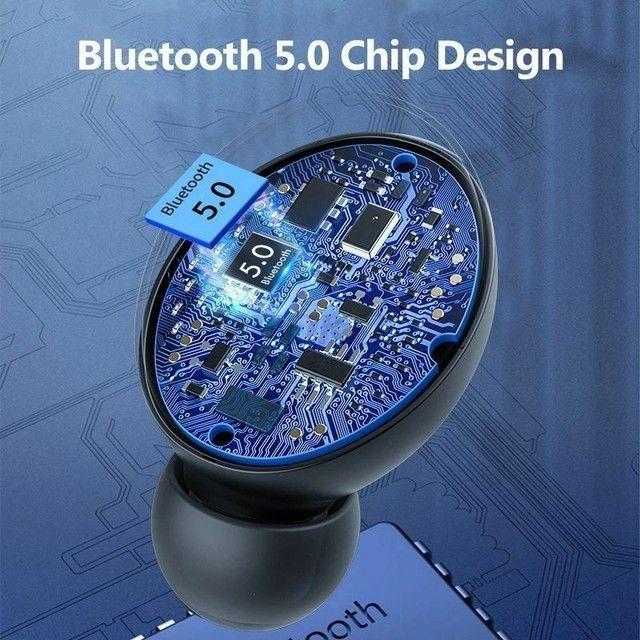 Fones de ouvido bluetooth 5.0 com caixinha carregadora LED - Foto 3