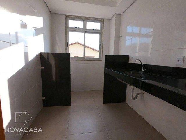 Apartamento com 3 dormitórios à venda, 56 m² por R$ 300.000,00 - Candelária - Belo Horizon - Foto 11