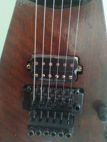 Guitarra Lutheria modelo Flying V (Somente Venda) ac.contraproposta - Foto 6