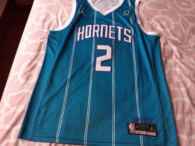 Camisa Charlotte hornets 20/21 Ball 2