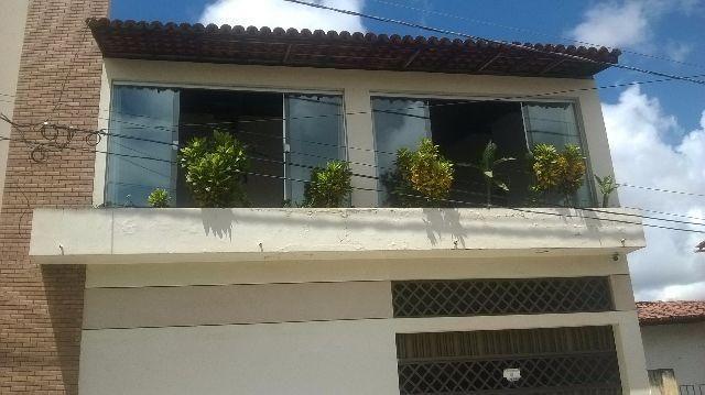 Aluga-se Excelente casa no Angelim 2 pavimentos