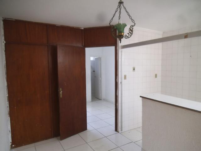 Aluga-se Apartamento em Brotas