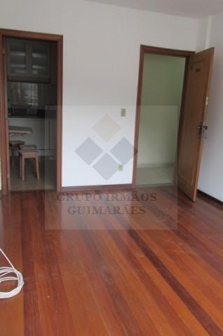 Apartamento - MEIER - R$ 1.200,00