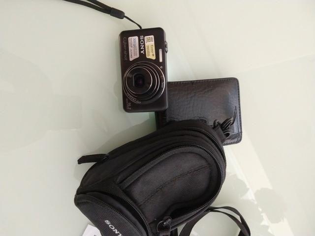 Câmera fotográfica Sony+case+cartão de memória de 8gb - Foto 2