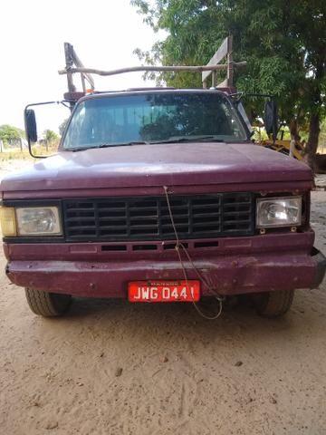 Vende-se caminhão D40