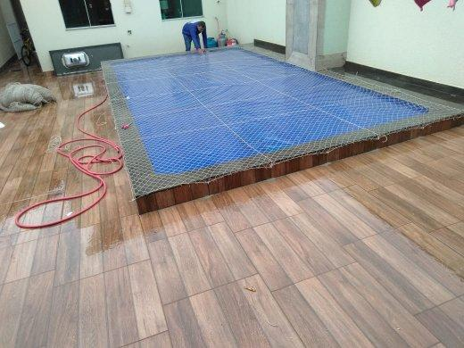 Rede sobre piscina parcelamos em até 3x