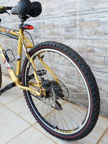 5b490a0b1 Bicicleta Viccini Niota Aro 26 Tam 17 - Peças Shimano Deore ...