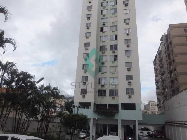 Excelente apto 02Qts vazio garagem elevadores portaria 24hs Rua Padre Ildefonso Meier