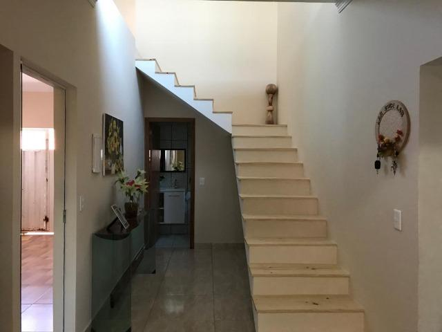 Excelente Casa, 3 Qts Sendo 1 Suíte, Laje, Cerâmica, Lazer no Piso Superior! - Foto 11