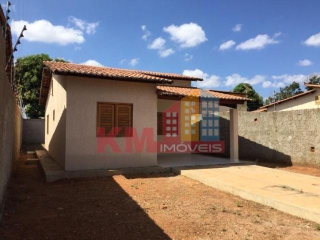 Aluga-se Casa Recém Construída no Três Vinténs - KM IMÓVEIS