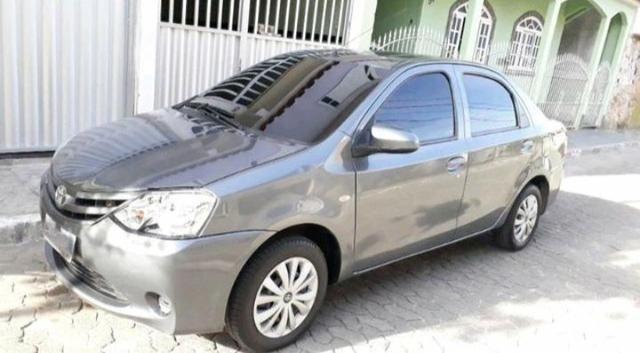 Toyota Etios Sedan 1.5X 14/15 Completo c/ GNV G5 - Foto 5