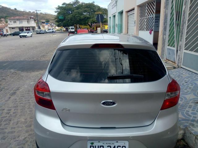 Ford KA Se com rodão liga leve 15