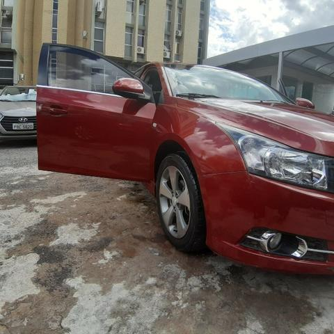 Vendo Gm cruze LT ano 2012 carro de procedência com 116 mil km rodado - Foto 3