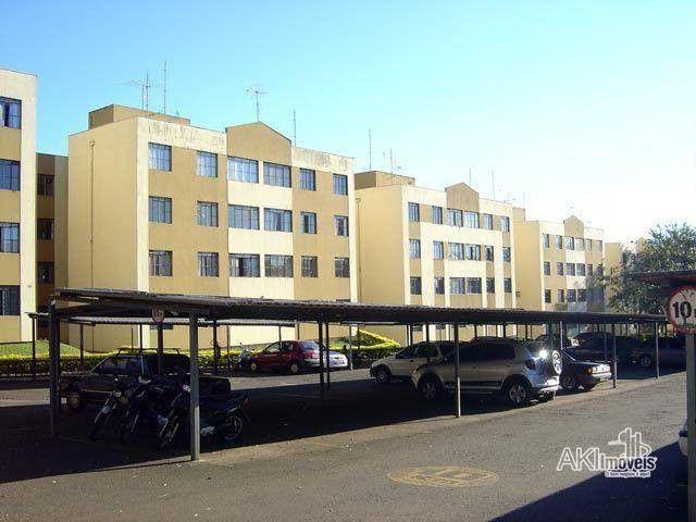 Apartamento com 3 dormitórios para alugar, 64 m² por R$ 900,00/mês - Zona 08 - Maringá/PR - Foto 17
