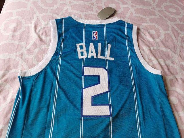 Camisa Charlotte hornets 20/21 Ball 2 - Foto 4
