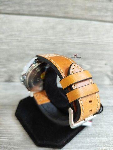 Dia dos namorados está chegando! Relógio importado novo e com garantia! - Foto 6