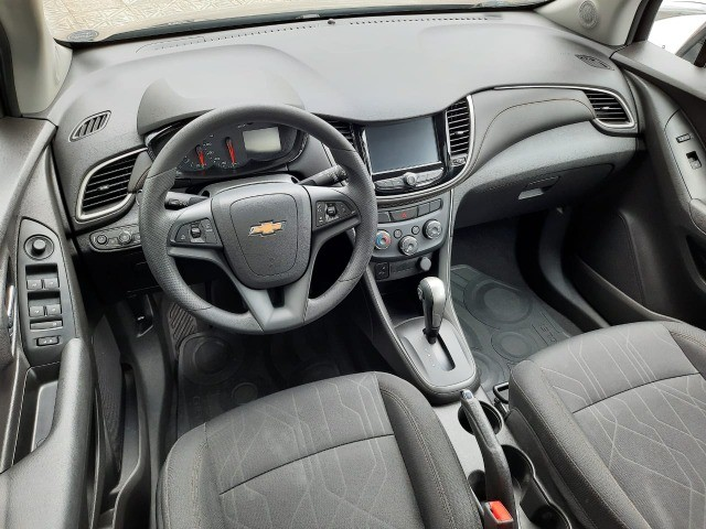 Ent. 50% + 48x 1.299,00 - Chevrolet Tracker LT 1.4 Turbo só 45.000km - Foto 5