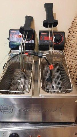 Troco fritadeiras eletrica 220v 2 cubar por gerador de energia