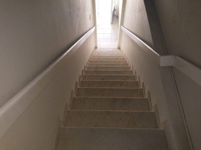 casa térrea e cs primeiro andar cada uma com 2vgs 2 e 4 quatros 1st px praça 12 - Foto 9