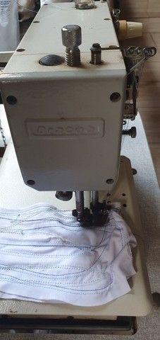 Máquina de costura Galoneira Industrial Bracob BC 4000-5 completa 3 Agulhas - Usada - Foto 2