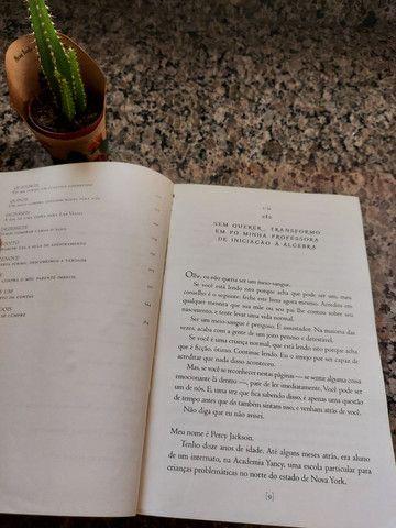 Percy Jackson e o ladrão de raios - livro usado - Foto 4