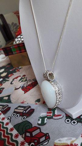 Colar em prata com pedra Branca linda e original  - Foto 5