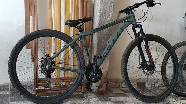 Bicicleta top para caminhada e ciclismo Collin semi nova