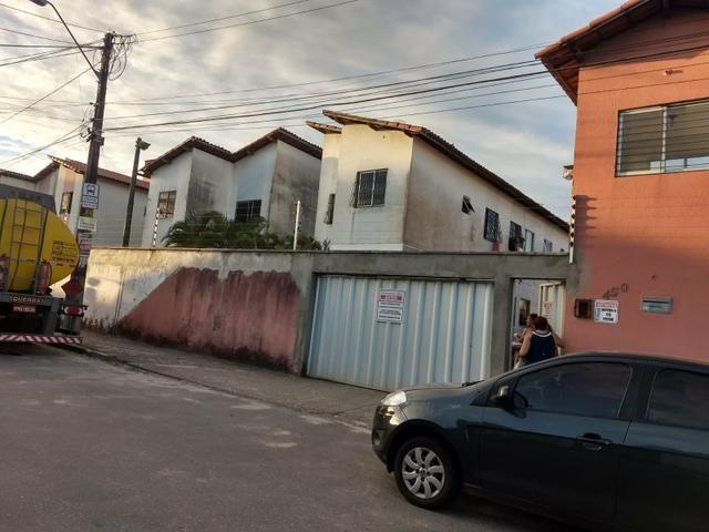 Ap condomínio dos lírios - Foto 10