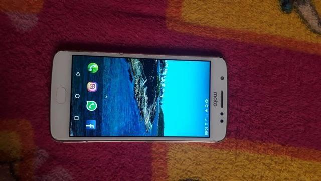Celular Motorola MotoE 4