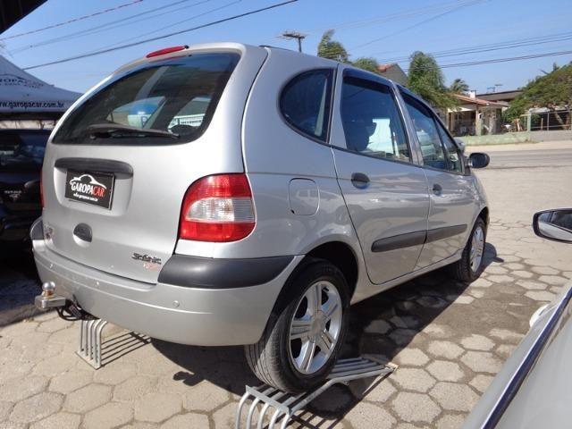 Renault - Scenic 1.6 Completa - 2011 - Foto 9