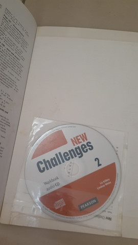 New Challenges A2 Student's Book 2 e Workbook com CD 2 Pearson - Foto 3