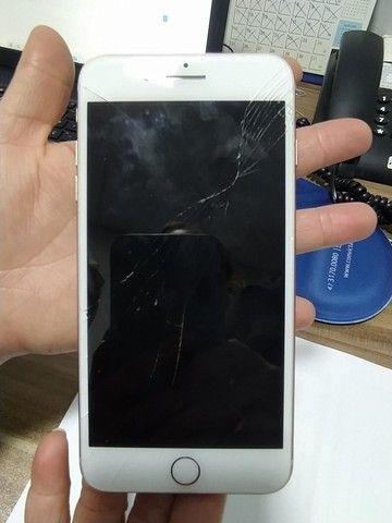 Iphone 8 Plus Rose 64 GB ....