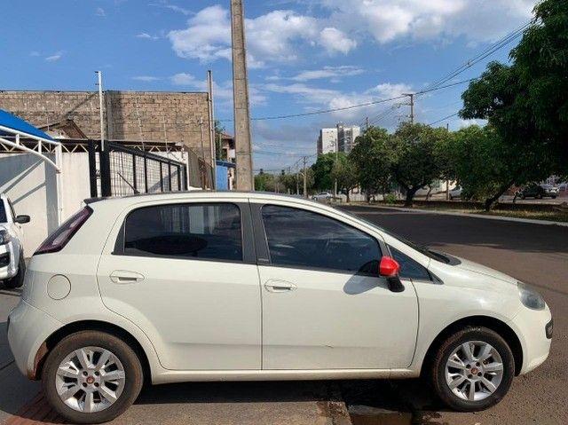Fiat Punto 1.4 Attractive 8v Flex 4p 2013-2014 31900 - Foto 6