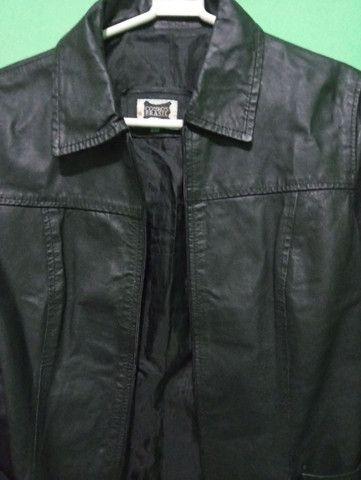 Jaqueta de couro legítimo. Tamanho P - Foto 3
