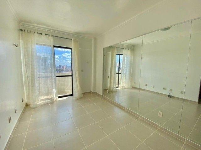 Lindo apartamento, 3 suítes 3 vg. Andar alto. - Foto 11